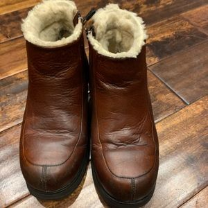 UGG Brooklyn Brown Ankle Boots US Womens Sz. 8